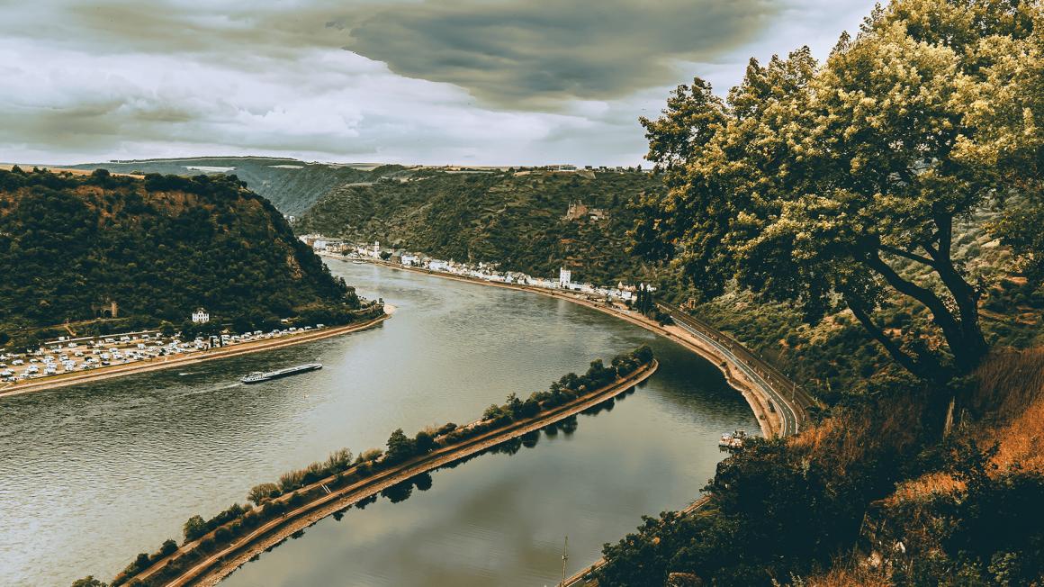 Landschaftsbild von Loreley Fluss-Schleife
